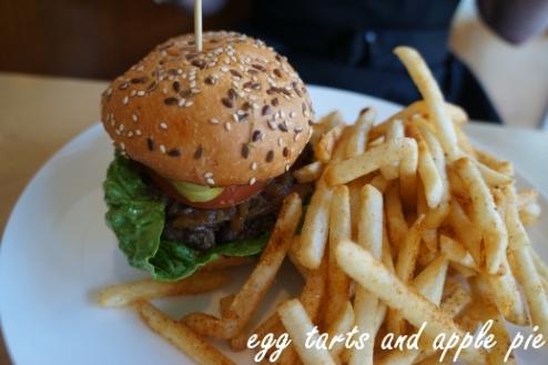 Belles-dinerr_burger