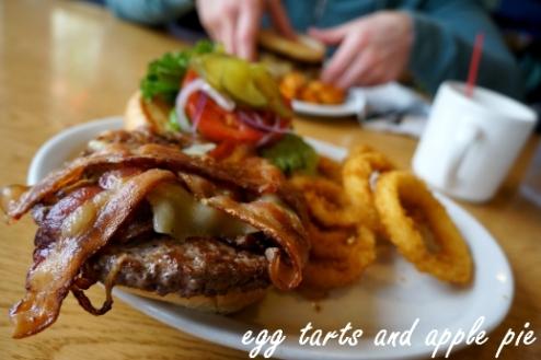 Silvertip Grill - Silvertip Burger